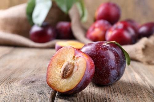 zero calorie food plum